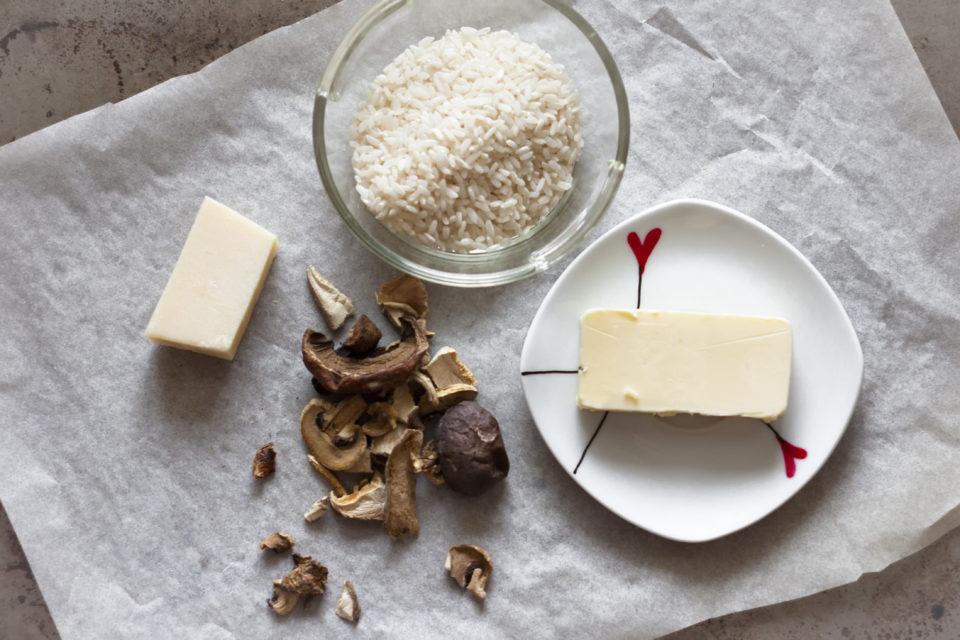 Ingredience na houbové rissoto
